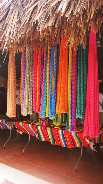 hamacas mayan art crafts - chichen itza - vacations cancun