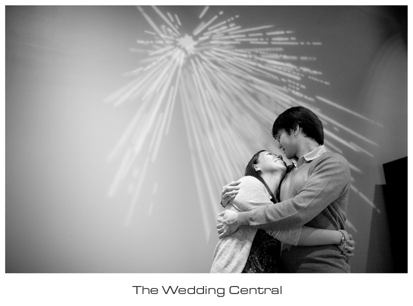 liberty science center engagement - nj engagement photographer
