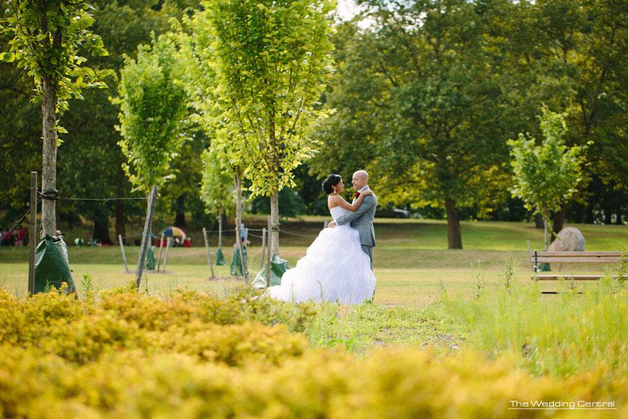 Bride and groom portrait - The Venetian Wedding Photos - Hiromi and Elvin NJ Wedding Photos
