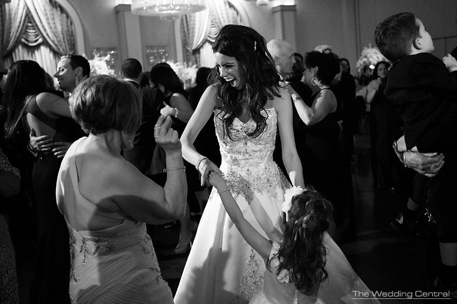 reception bride dancing - the grove wedding photos - Diana and John wedding