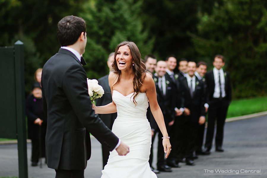 first look - bridal reaction - ny botanical gardens wedding photography - ny wedding photographer