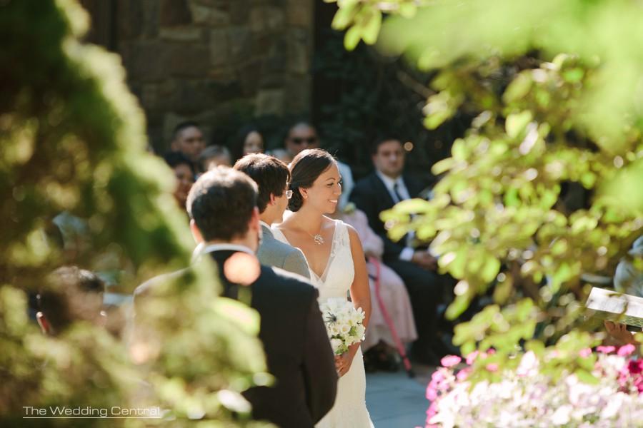 outdoors ceremony wedding photos - pa wedding photography