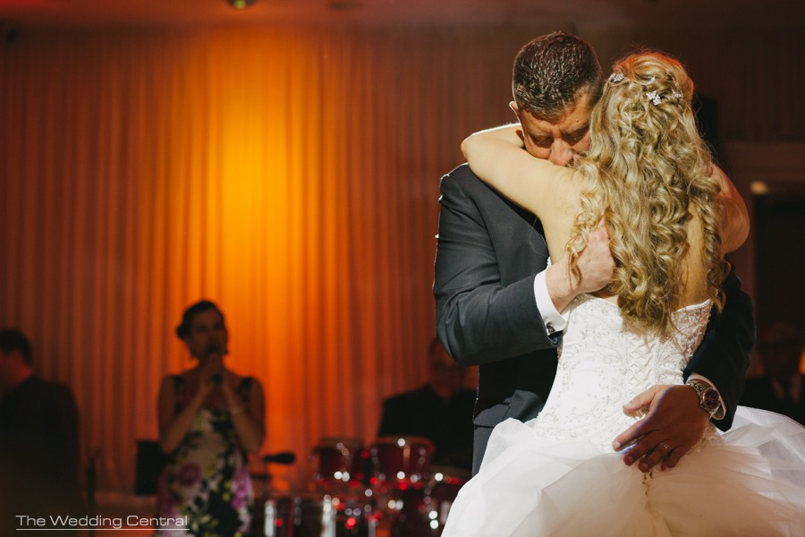 waterside wedding photos - documentary wedding photographer - new jersey wedding photographer