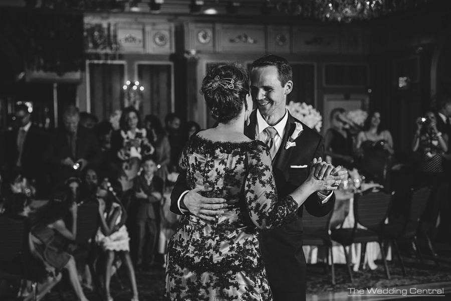 candid wedding photography in new jersey - groom and mom dance during reception