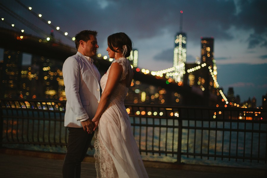 Brooklyn bridge wedding photography - Jane's carousel elopement wedding photos