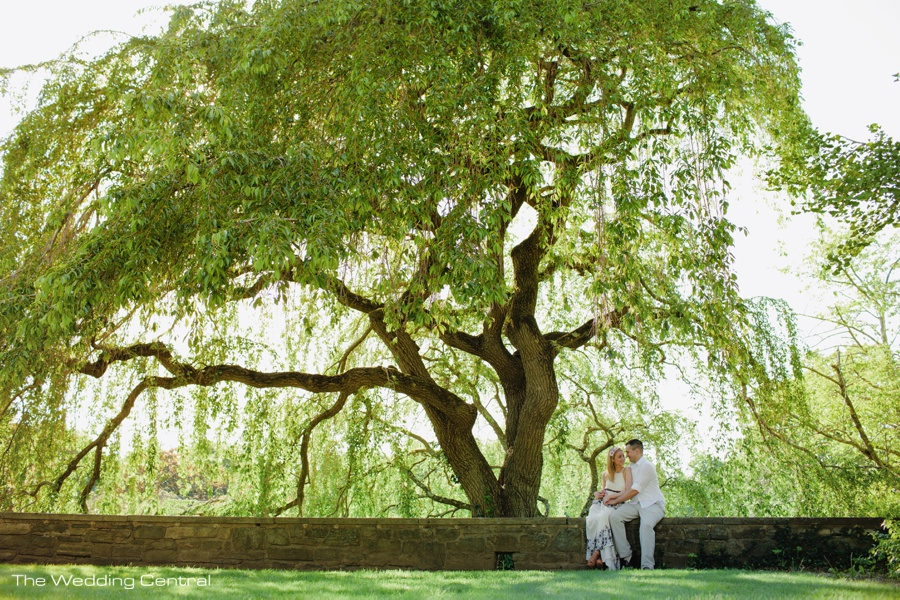 Incroyable Ashley And Carl Engagement Photos At The New Jersey Botanical Gardens