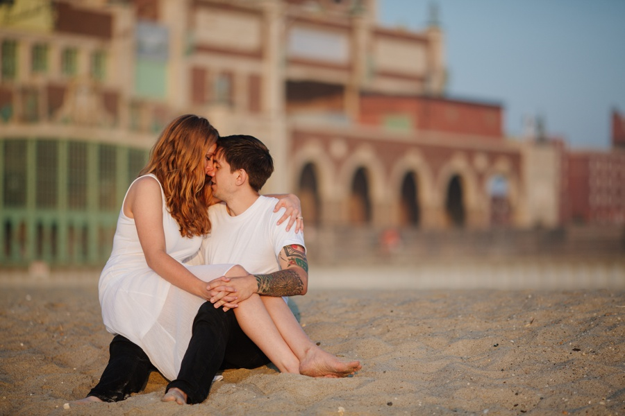 Asbury Park engagement photos - romantic engagement photos