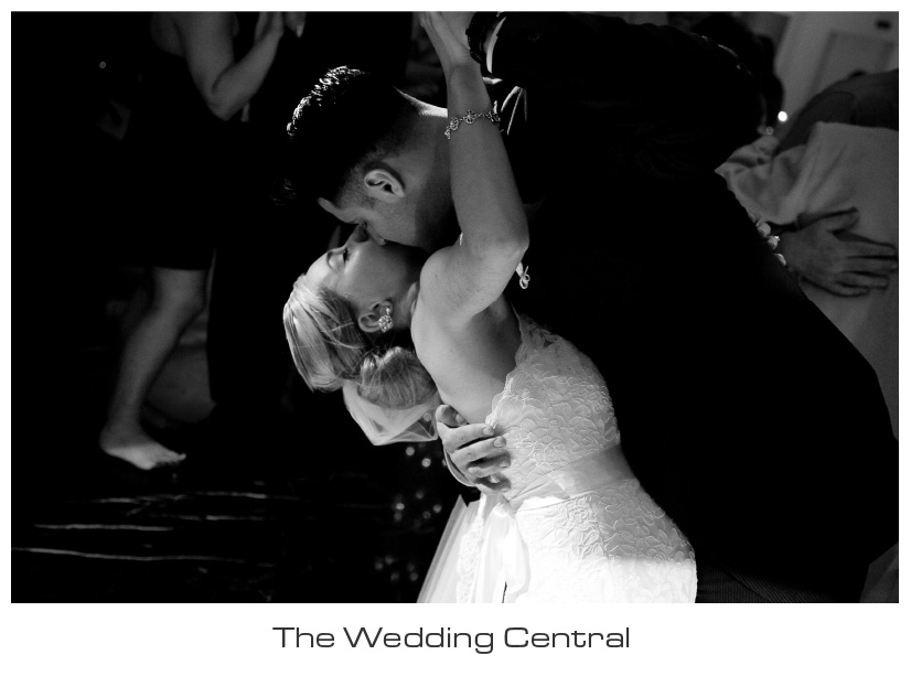 NJ Wedding Photographer - bride and groom dancing BW