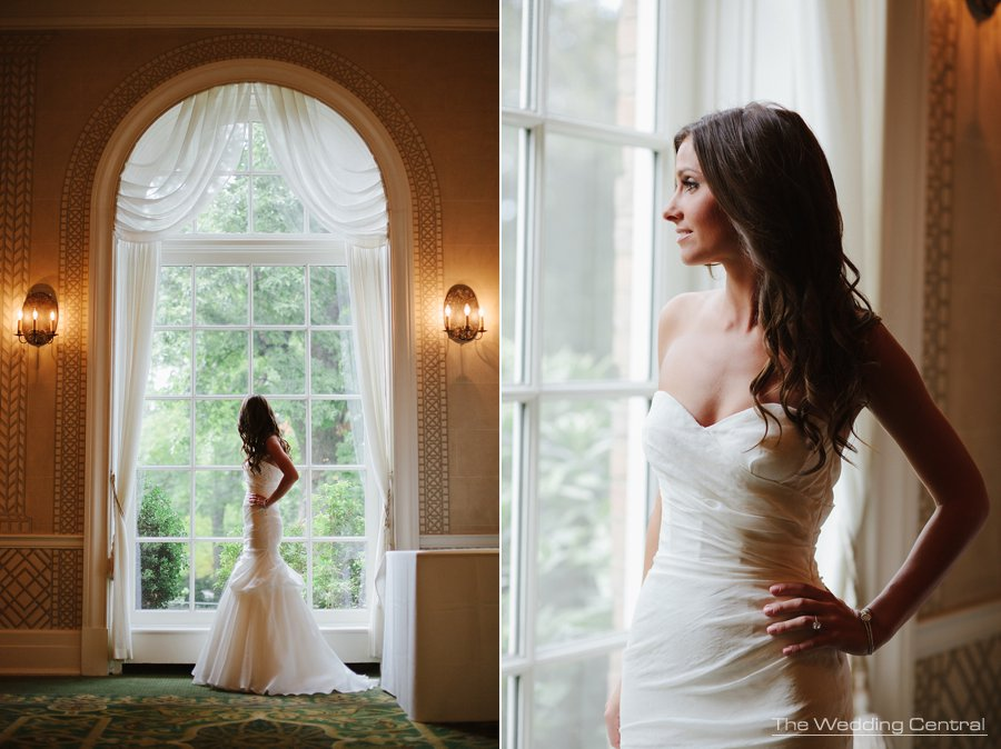Bridal portrait - NY Botanical gardens wedding - NY Wedding Photographer