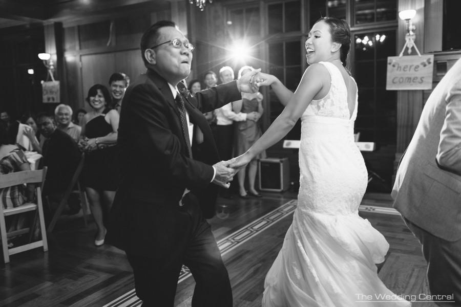 candid photojournalistic wedding photos - pennsylvania wedding photographer