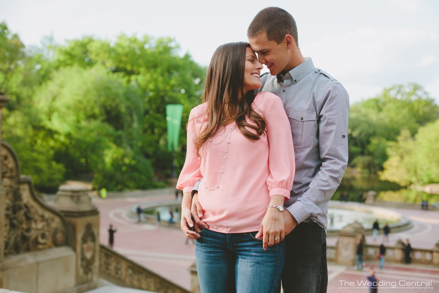 NYC engagement photos - NYC weddings photographer