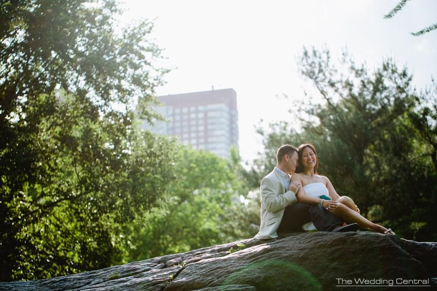 Contemporary New York City Engagement Photography - new york engagement photographer