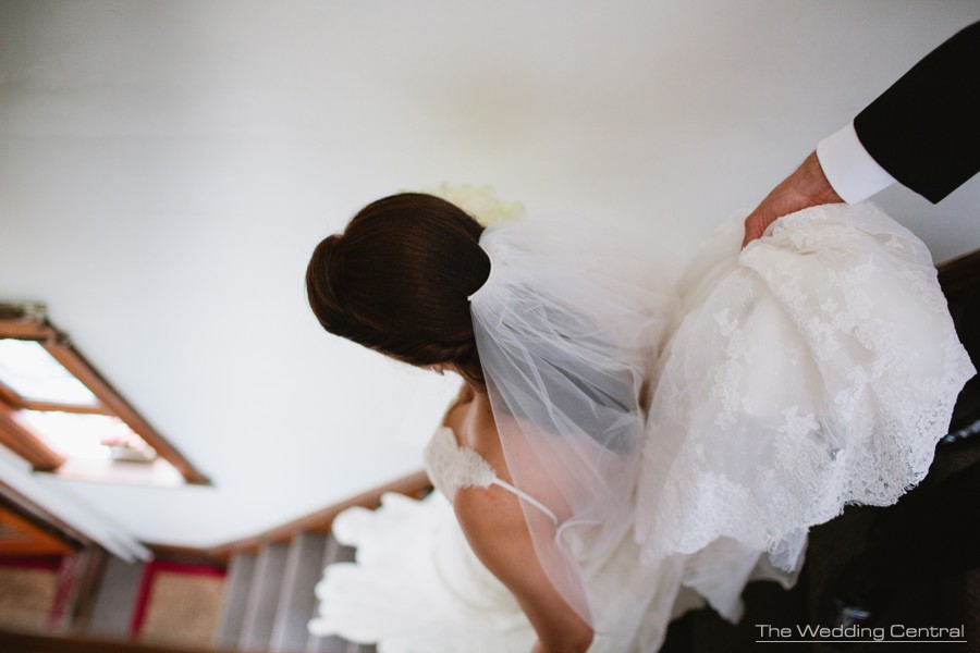 candid wedding photography new jersey - bride leaving to church