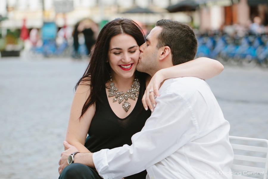 New York engagement photographers - new york city engagement pictures